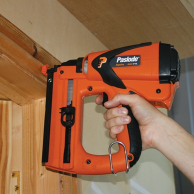 Paslode Cordless Brad Nail Fixing Tool