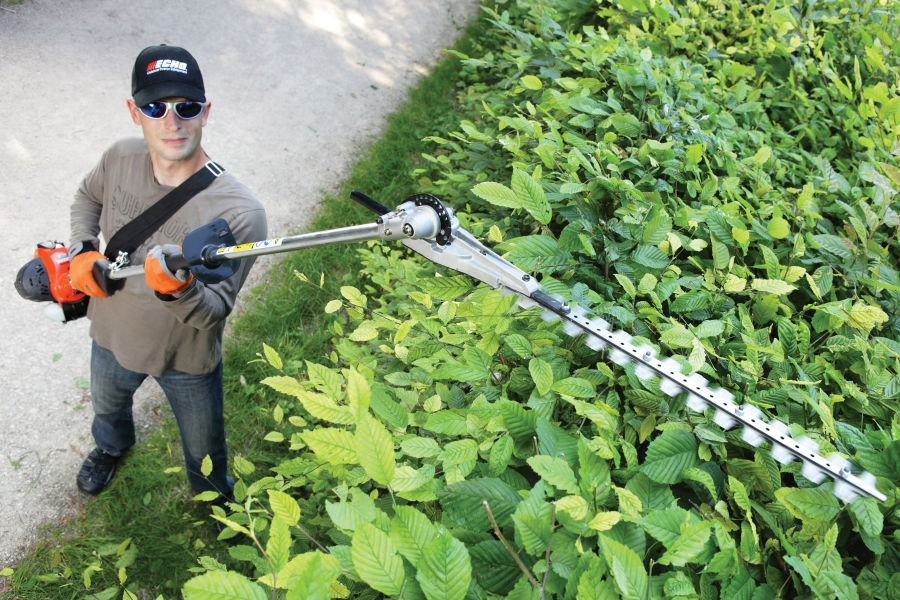 Extended Reach Hedge Trimmers