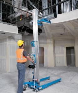 Genie SLA10 Material Lift