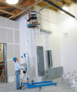 Genie SLA15 Material Lift